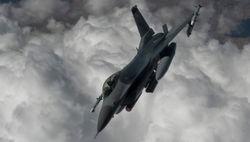 НАТО направляет шесть истребителей в страны Балтии