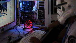 Хакеры массированно атакуют сайты Путина и Центробанка России