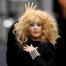 AFD Group подарят Алле Пугачевой 13 кукол с ее изображением