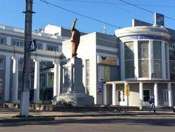 В Харькове за ночь снесли еще 2 памятника Ленину: на Баварии и Основе