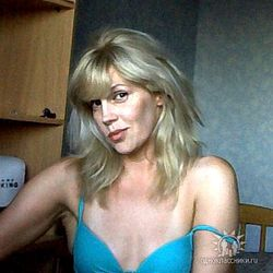 Интриги «Дома-2»: у 46-летней матери Устиненко появился поклонник