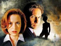 Фильм X-файлы могут возродить, Дэвид Духовны и Джиллиан Андерсон не против