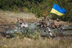 За сутки уничтожено более 200 боевиков, 3 танка и другая техника – СНБО