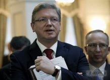 Еврокомисар Фюле - Януковичу: Куда идете, господин президент?