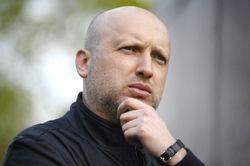 Турчинов просит кандидатов на пост президента воздержаться от грязных приемов
