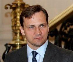 Сикорский надеется, что Евромайдан вернет ЕС веру в Украину