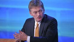 Песков: в Минске Путин обсудит с Порошенко вопросы гуманитарной помощи