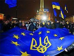 Треть граждан выступает против любых международных союзов Украины