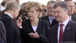 Меркель заявила, что не стоит ждать многого от встречи в Минске