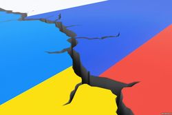 Идея «русского мира» лишь фиговый листок для Путина – Евгений Киселев