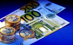 Курс евро поднялся до 13,7575 гривны на Форексе