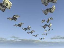 Инвесторы выводят деньги из РФ