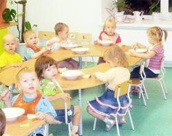 В киевских детсадах вскоре нечем будет кормить детей