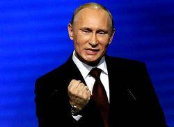 Россия переходит от олигархической диктатуры к популистской