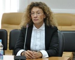 Бывшая глава Печерского суда Отрош сбежала в Крым за гражданством РФ