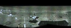 Луноход Китая представил первый панорамный снимок поверхности Луны