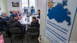 Германия готова увеличить вдвое средства для беженцев