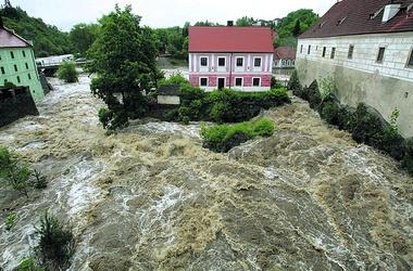 Наводнение в европе набирает обороты