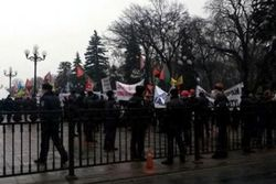 В Киеве шахтеры пикетируют АП, требуя отставки министра энергетики