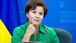 Вдруг и сразу вернуться к Конституции 2004 года невозможно – Ставнийчук