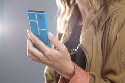 Motorola ведет работу над созданием модульного смартфона