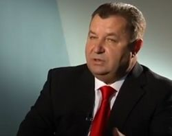Украина не будет пытаться вернуть Донбасс силой – Полторак
