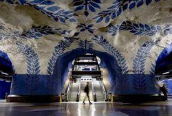 Закрытые станции метро Парижа превратят в рестораны, театры и бассейны