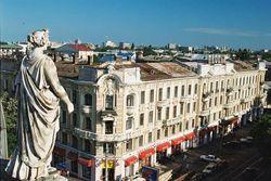 Из-за теругроз в Одессе будут патрулировать автоматчики и военная техника