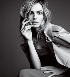 Впервые обложку Vogue украсила женщина-трансгендер