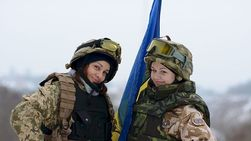 Почему украинские женщины идут на войну