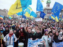 Охрану Евромайдана инструктируют генералы с мандатами