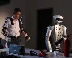 Будущее сегодня: роботы работают, преподают и получают гражданство