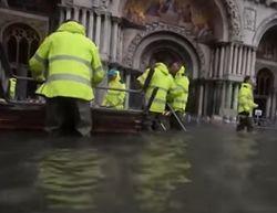 В Сети показали последствия затопления Венеции