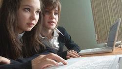 Минобрнауки РФ не в силах защитить школьников от эротики, порно - СМИ