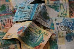 Курс доллара к тенге на Форекс снизился