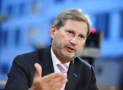 Украина должна начать конкретную борьбу с коррупцией – еврокомиссар