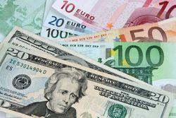 Доллар взял реванш в паре с евро