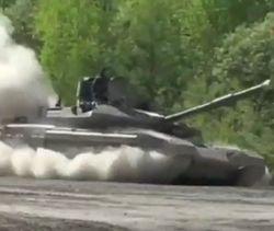 В Сети показали видео испытаний российского танка Т-90 МС