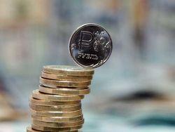 Стоит ли ждать ослабления рубля к концу года?