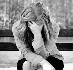 Ученые рассказали, как бессонница помогает победить депрессию