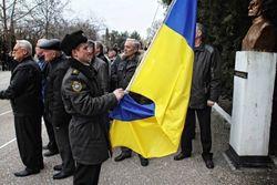 Нахимовцы из Севастополя сегодня с помощью волонтеров переедут в Одессу