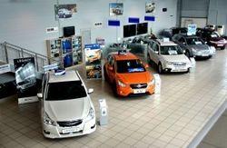 Продажи легковых авто в РФ обвалились на 20,1%