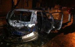 """""""Красный сектор"""" пообещал больше не поджигать машины активистов Автомайдана"""