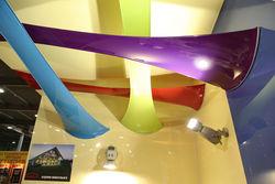 Эксперты назвали популярные бренды сезона среди производителей натяжных потолков