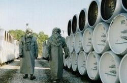 Химическое оружие Сирии могут «слить» в море