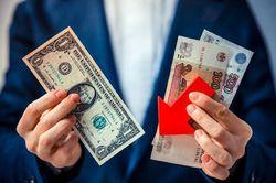 Санкции против ОФЗ ослабят рубль на 15%