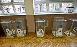 Выборы в Украине: смерть на участке, продажа голосов, политики и очереди