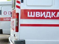 """Титушки"" в Киеве разгромили 30 машин скорой помощи"