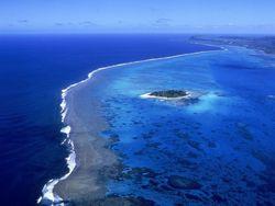 На огромной глубине под землей содержится воды столько же, сколько в мировом океане – ученые