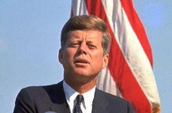 Джон Кеннеди мог бы выжить, если бы не корсет – свидетель смерти президента
